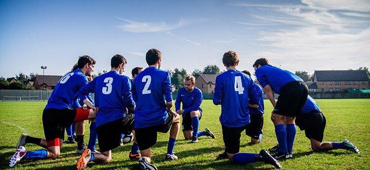Sports-Team-Huddle-Social-Network-opt